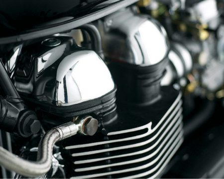 Triumph Bonneville / Scrambler / Thruxton Cam Cover - Chrome